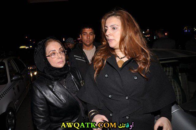 صورة جديدة للنجمة المصرية رانيا محمود ياسين مع والدتها الممثلة شهيرة