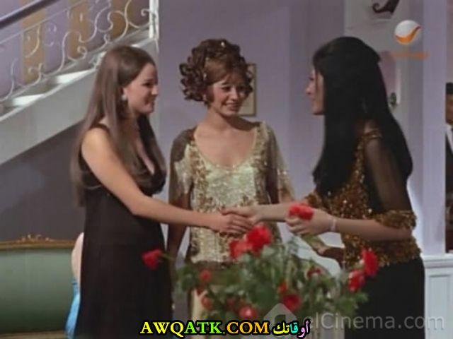 صورة قديمة للممثلة زيزي مصطفى