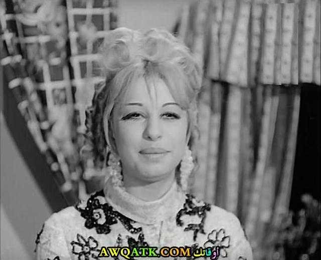 صورة الفنانة المصرية سعيدة جلال داخل عمل
