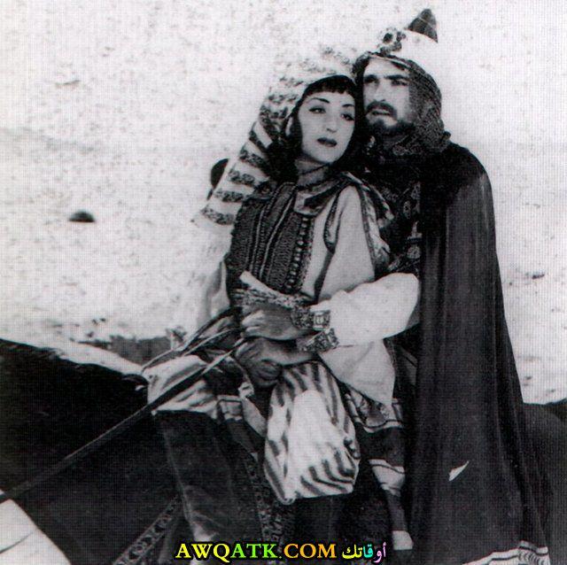 صورة الفنانة المصرية عزيزة أمير داخل عمل
