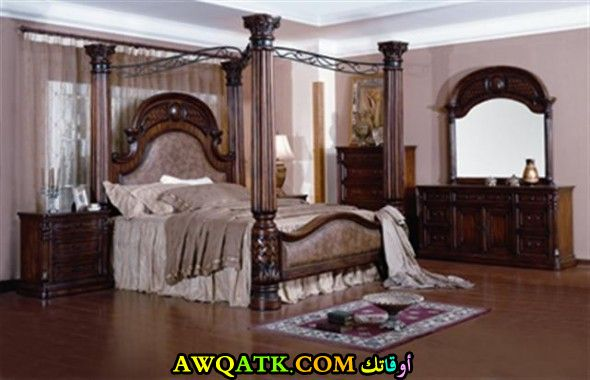 غرفة نوم علي طراز قديم جميلة