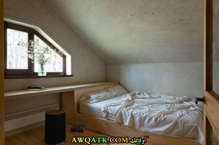 غرفة نوم بسيطة تناسب المساحة الصغيرة