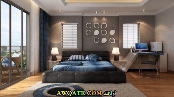 غرفة نوم بسيطة وشيك