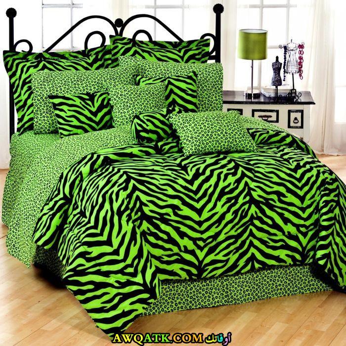 غرفةنوم تايجر باللون الأخضر
