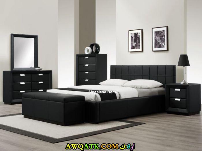 - Black or white bedroom furniture ...