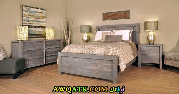 غرفة نوم باللون الرمادي شيك جداً