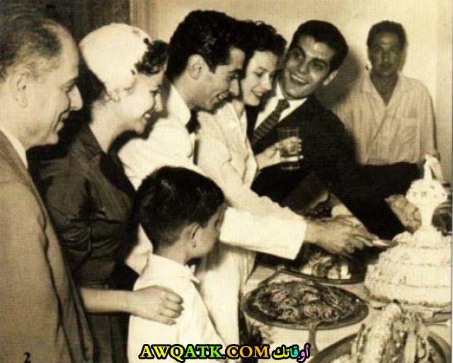 صورة قديمة عائلية للممثلة فاتن حمامة