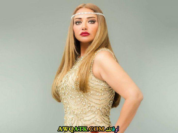 بوستر الفنانة المصرية ليلى علوي