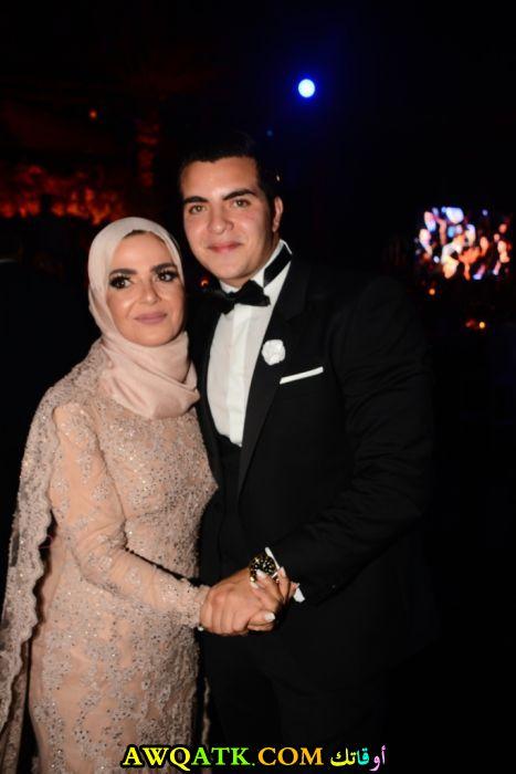 أجمل صورة للفنانة منى عبد الغني مع زوج بنتها