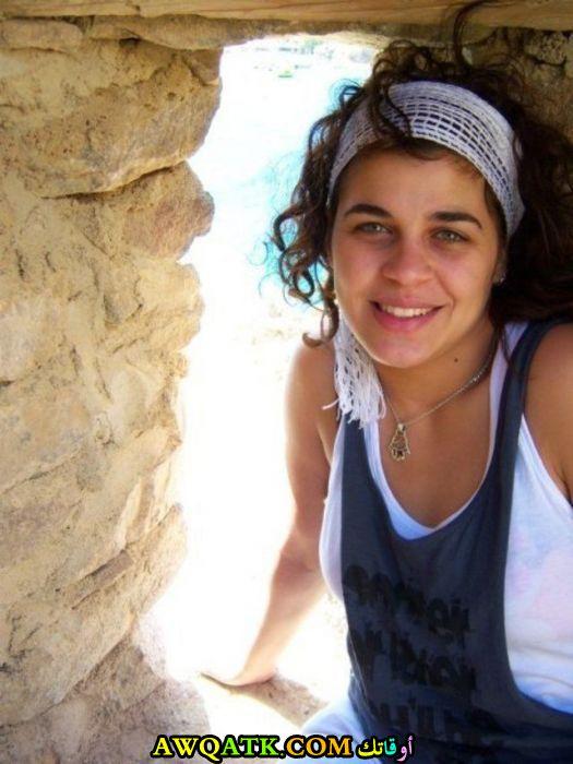 أحدث صورة للفنانة المصرية منى هلا