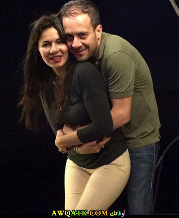 صورة الفنانة المصرية نجلاء بدر وزوجها