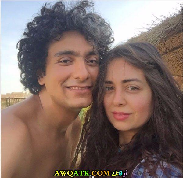 صورة عائلية للفنانة هبة مجدي مع زوجها