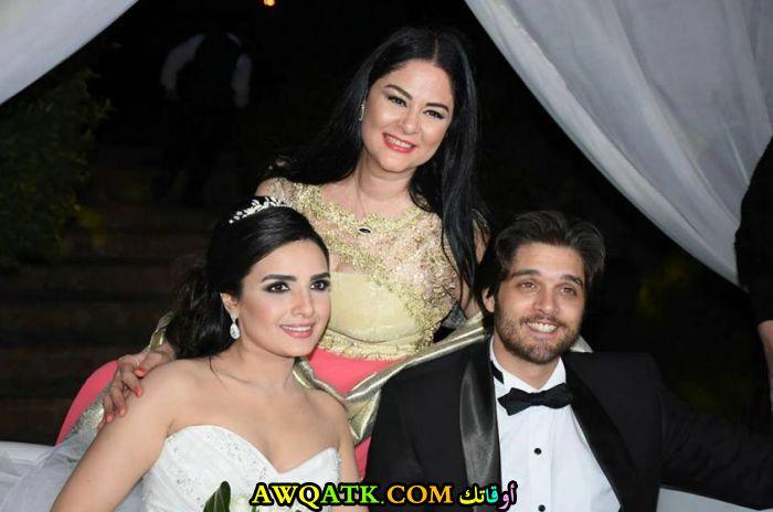 أحلى صورة للفنانة الجميلة ياسمين الجيلاني في حفل زفافها