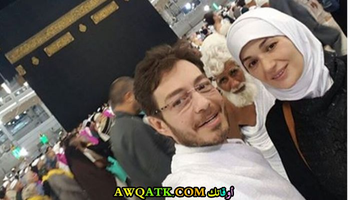 صورة جميلة للفنان الجميل أحمد زاهر مع زوجته