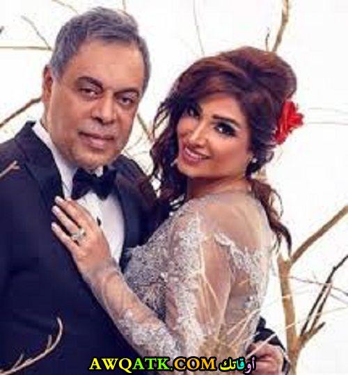 صورة رائعة للفنان أشرف زكي مع زوجته روجينا