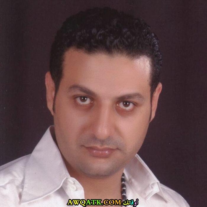 صورة قديمة للممثل حمادة بركات