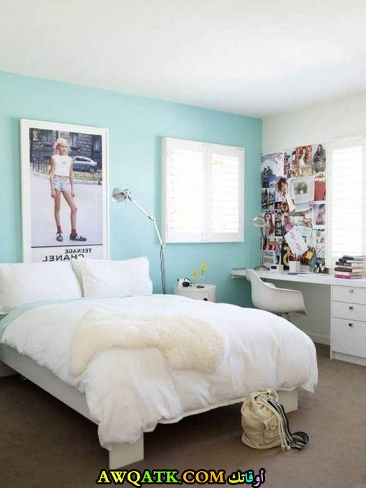 غرفة نوم للبنات الكبار بسيطة وجميلة