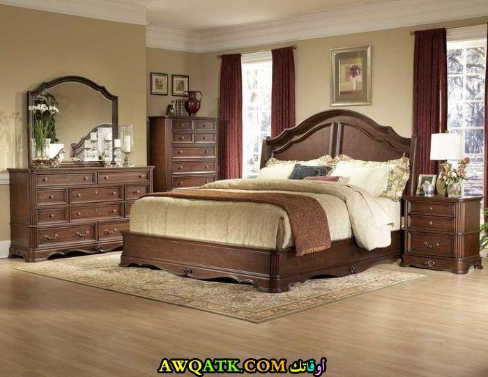 ديكورات غرف نوم خشب بني غامق