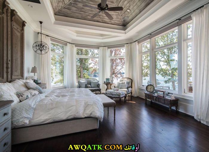 غرفة نوم كبيرة وشيك