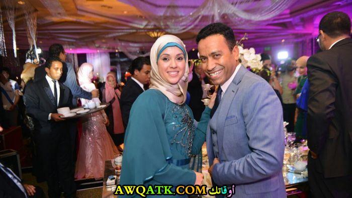 صورة رائعة للفنان سامح حسين مع زوجته