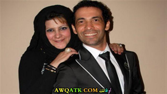 صورة عائلية للفنان سعد الصغير مع زوجته