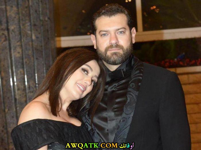 صورة الفنان المصري عمرو يوسف وزوجته كندا علوش