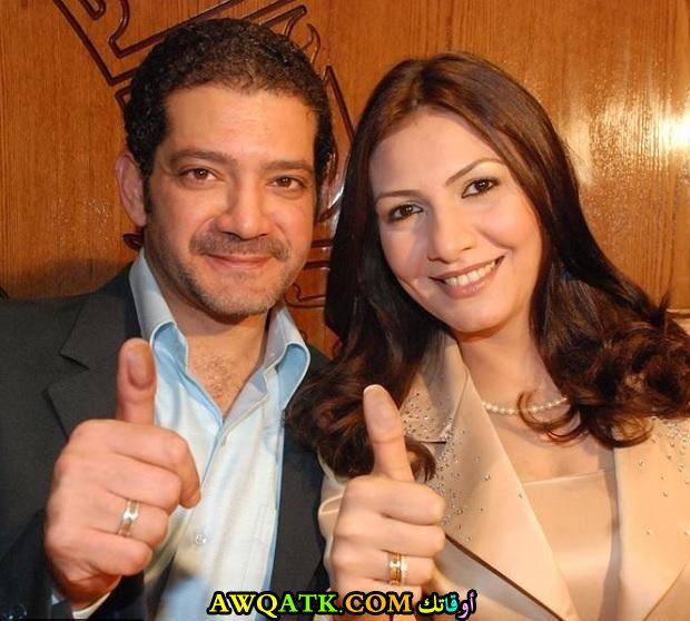 صورة جميلة للفنان الجميل مجدي بدر وزوجته