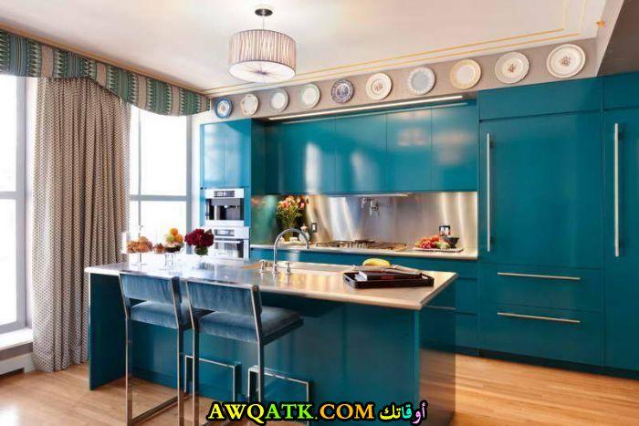 مطبخ أمريكي شيك وروعة باللون الجنزاري