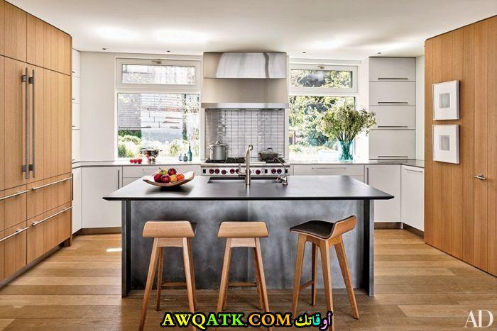 مطبخ خشب رائع وجميل