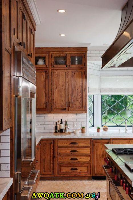 مطبخ خشب رائع وجميل جداً