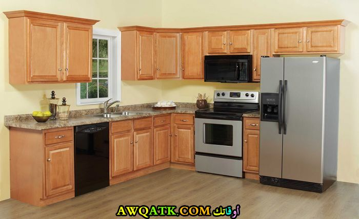 مطبخ روعة وجديد باللون البيج