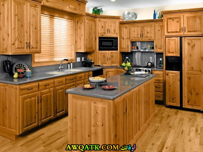 مطبخ خشب في منتهي الجمال