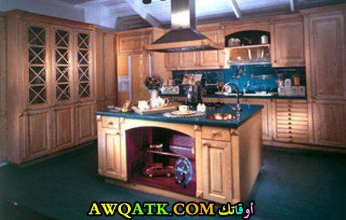 مطبخ خشب جميل جداً