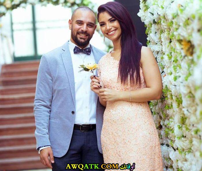 أحدث صورة للفنانة المصرية نسمة محجوب مع خطيبها