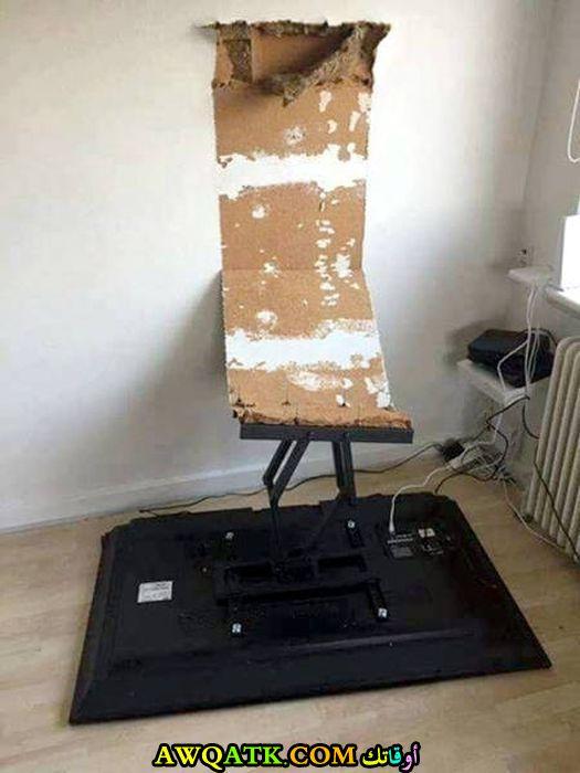 سقوط التلفزيون