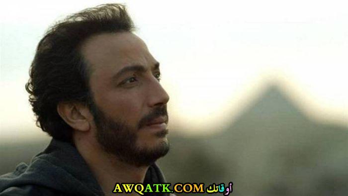 أحدث صورة للفنان المصري طارق لطفي