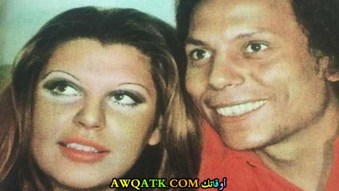 صورة الفنان عادل إمام وزوجته