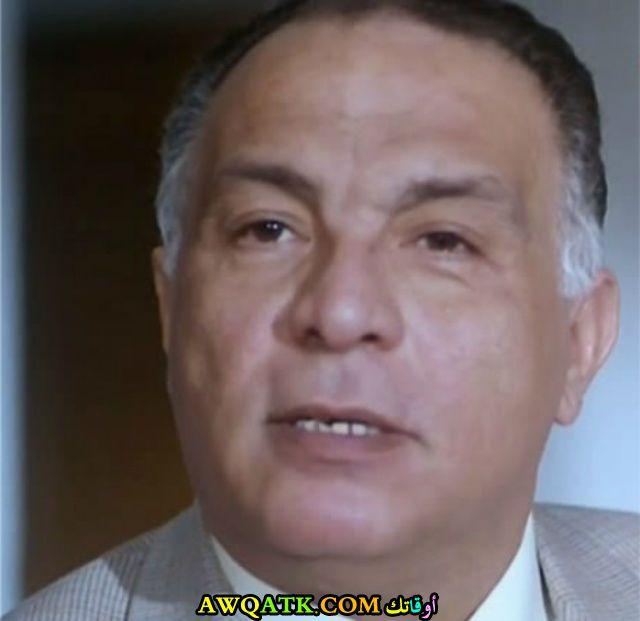 صورة الفنان المصري عادل هاشم داخل فيلم