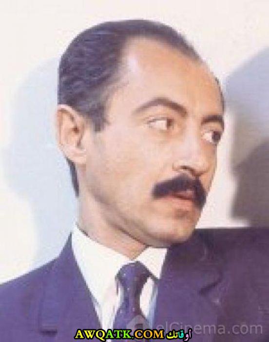 صورة قديمة ورائعة للنجم المصري عبد العزيز مخيون