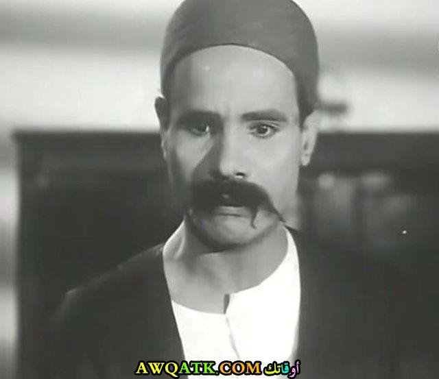 صورة قديمة للممثل عمر الجيزاوي