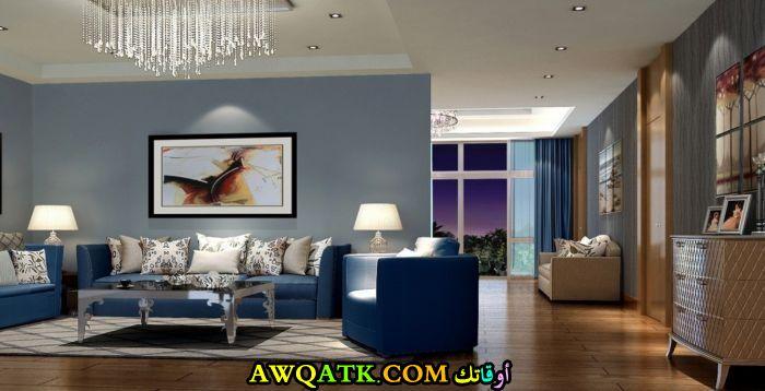 غرفة معيشة باللون الكحلي شيك وروعة