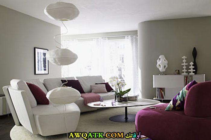 غرفة معيشة بألوان مبهجة قمة في الشياكة