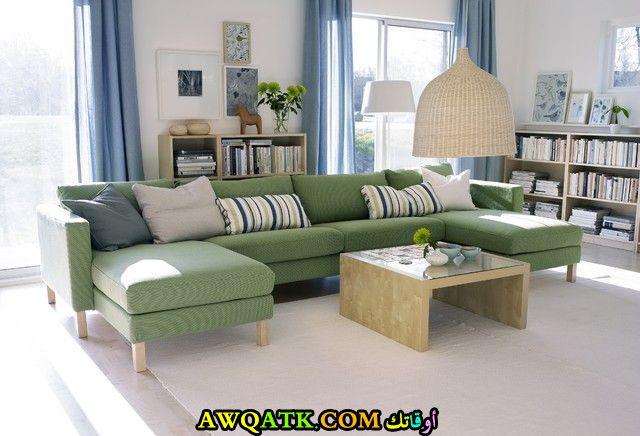 غرفة معيشة من ايكيا باللون الأخضر