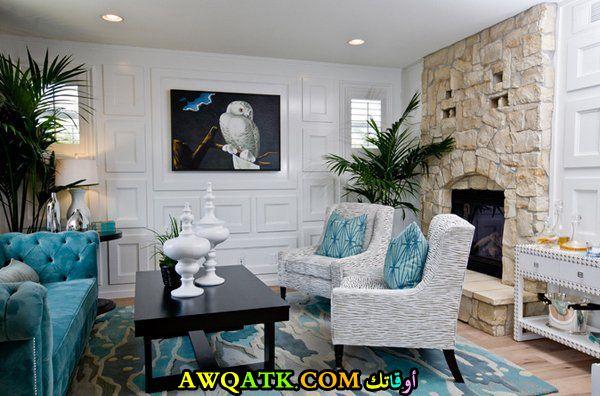 غرفة معيشة باللون التركواز جميلة جداً