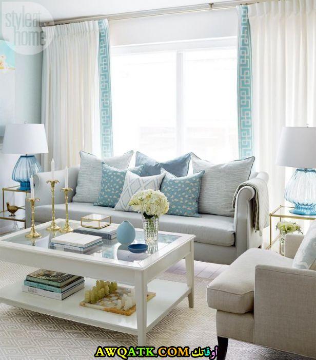 غرفة معيشة باللون التركواز أنيقة وجميلة