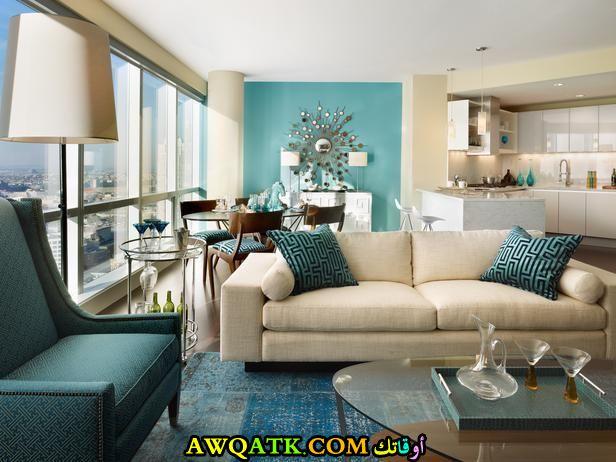غرفة معيشة باللون التركواز مودرن