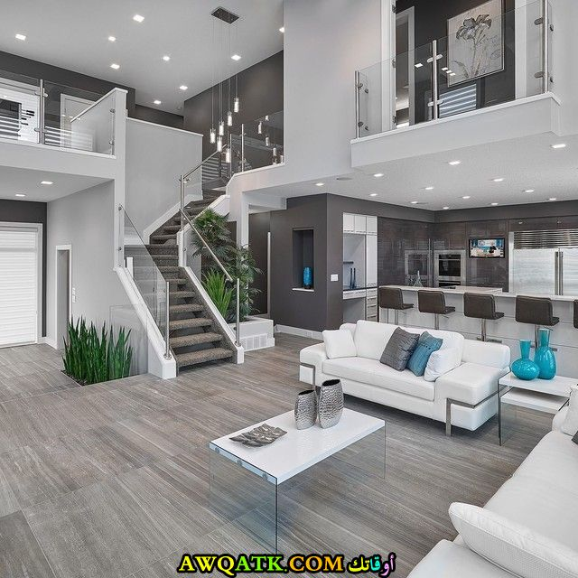 غرفة معيشة فخمة جداً وشيك