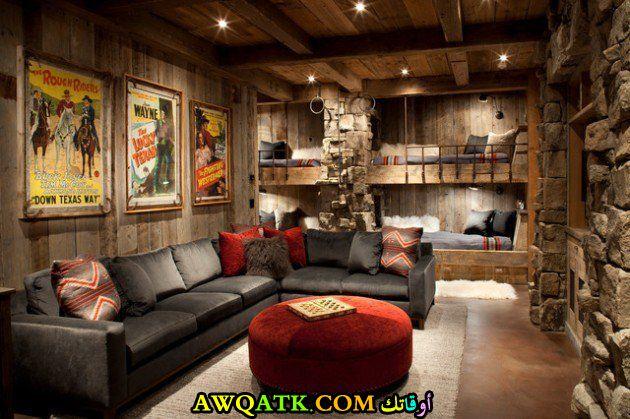 غرفة معيشة ريفية في منتهي الروعة