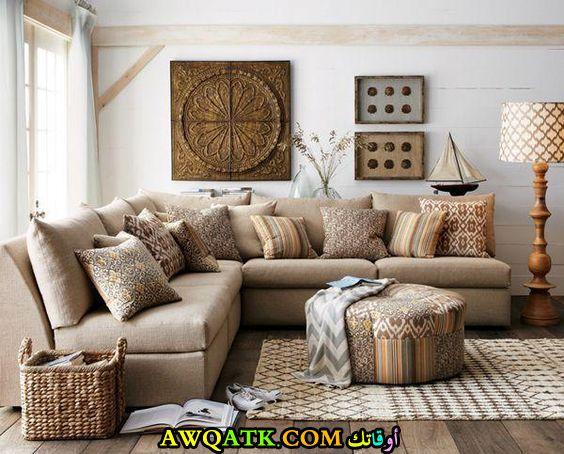 غرفة معيشة ريفية جديدة وعصرية