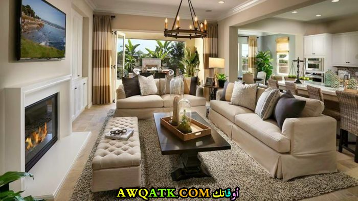 غرفة معيشة فخمة جداً وهادئة